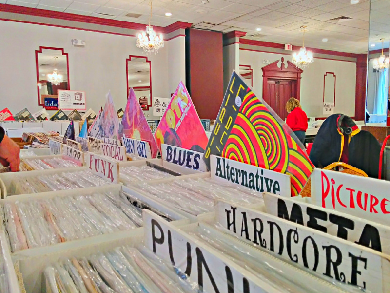 LP Vinyl Records ar a record fair